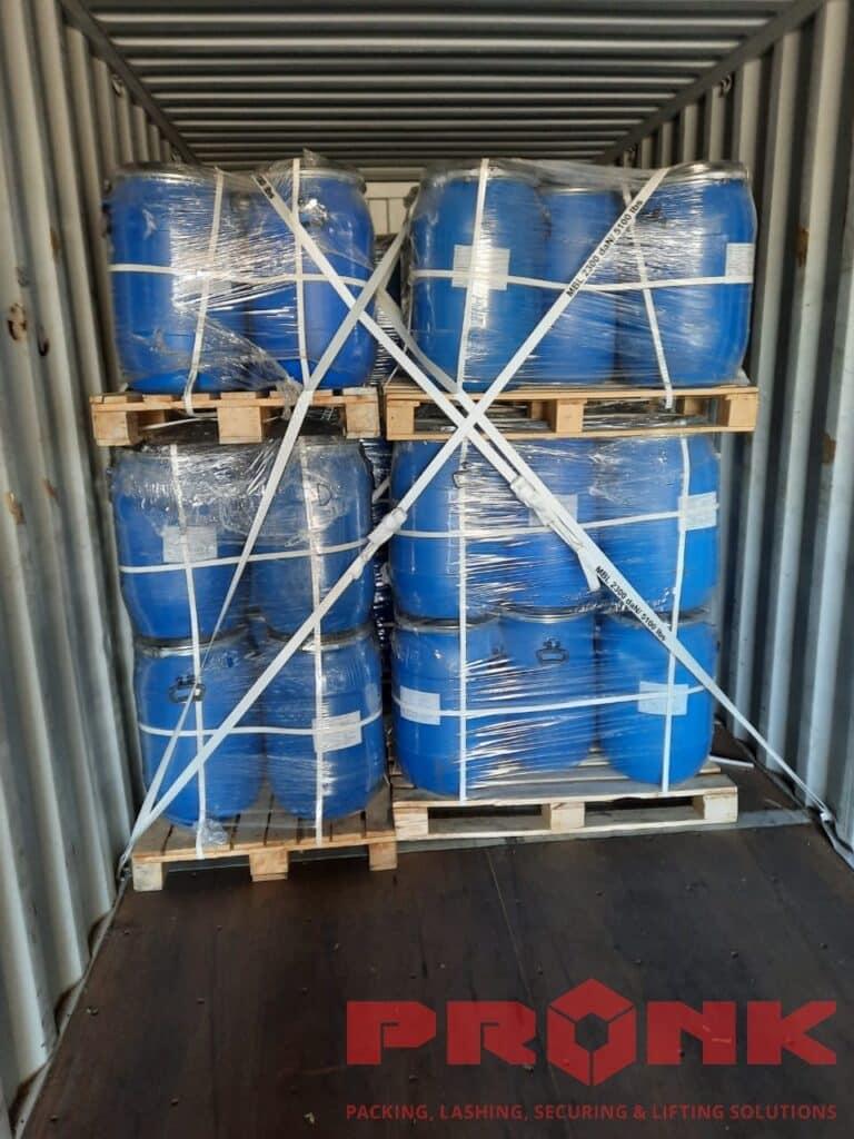 materials-container-lashing
