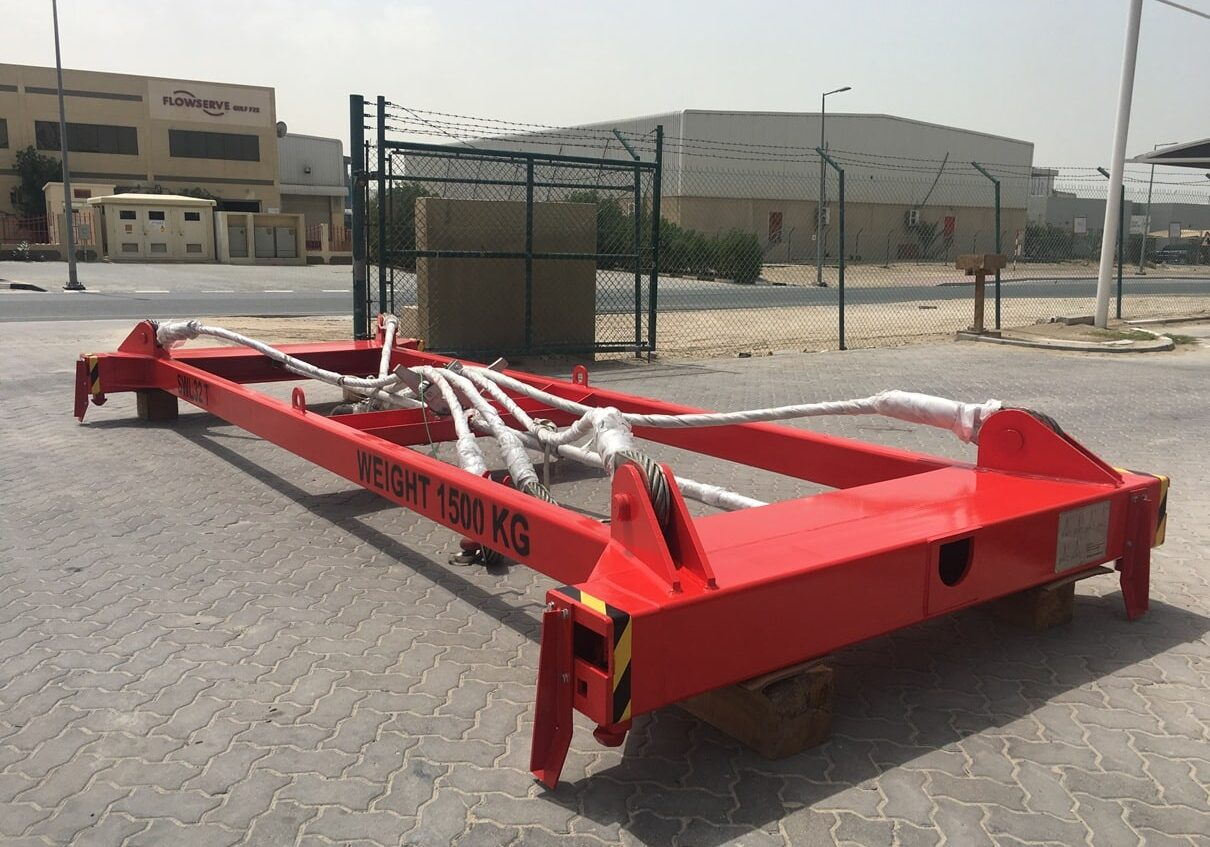 container spreader (20ft and 40ft)